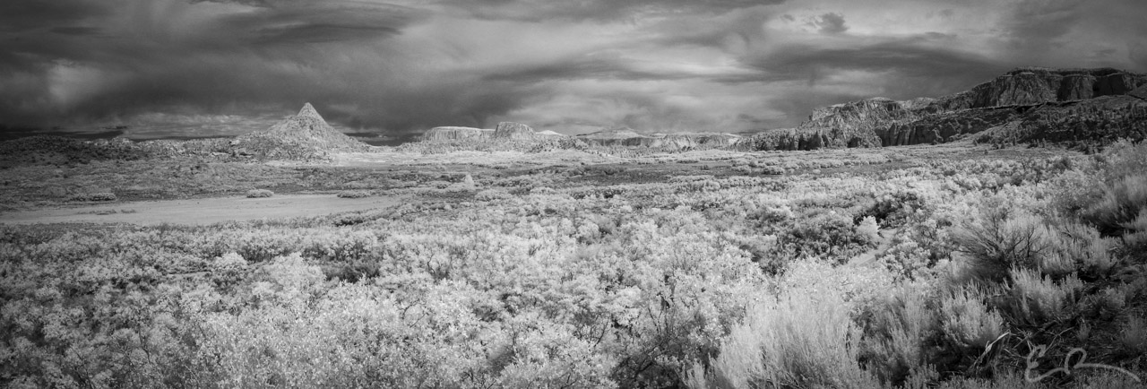 Hop Valley Panorama in Infrared