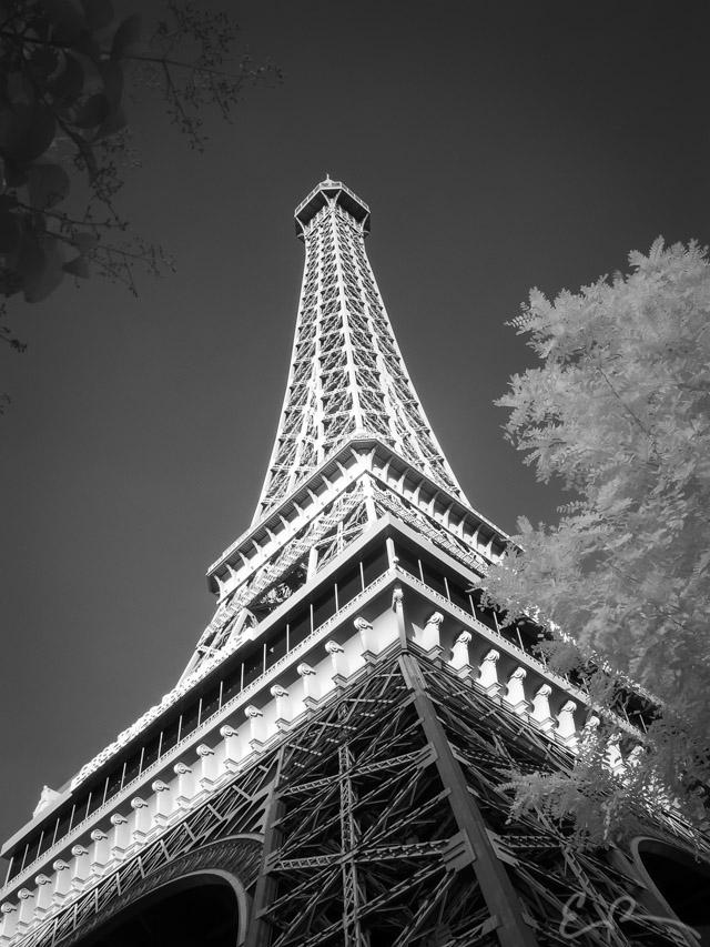 Paris in Infrared III